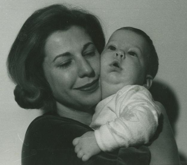 Art&Mom196111